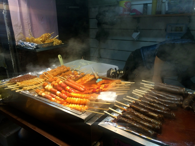 A few more yummy street food.  I didn't even bother asking what it was, as long as it looked good, I went for it.